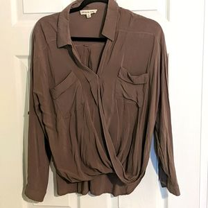 Olive and Oak front button blouse